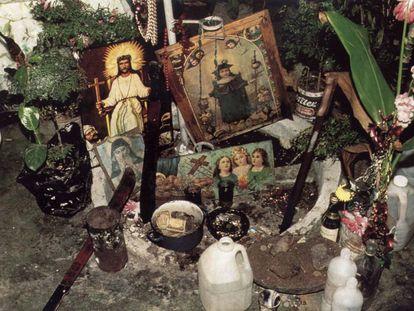 Un altar de vudú en una imagen de archivo.