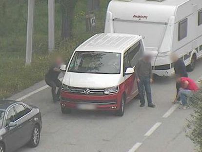 Un juez impone una orden de alejamiento de 200 metros en los más de 1.000 kilómetros de autopista a un grupo de hurtadores