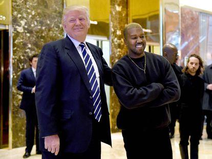 Donald Trump y Kanye West, en la Torre Trump de Nueva York en 2016.