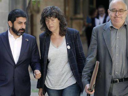 Los consejeros de Asuntos Socialies, Chakir El Homrani (derecha) y el de Educación, Josep Bargalló.