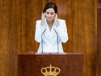 Isabel Díaz Ayuso, antes de arrancar el debate para su investidura como presidenta de la Comunidad de Madrid