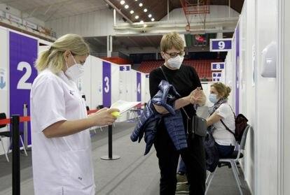 Vacunación en Bilbao en abril.