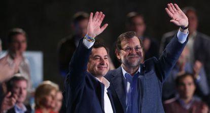Juan Manuel Moreno Bonilla y Mariano Rajoy, en Sevilla.