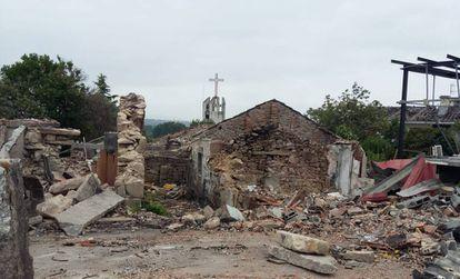 Vivienda de Paramos (Tui) donde murió un matrimonio en la explosión de un almacén pirotécnico ilegal en mayo.