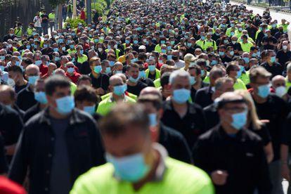 Los trabajadores de Nissan, concentrados el pasado 28 de mayo, ante la fábrica de Nissan.