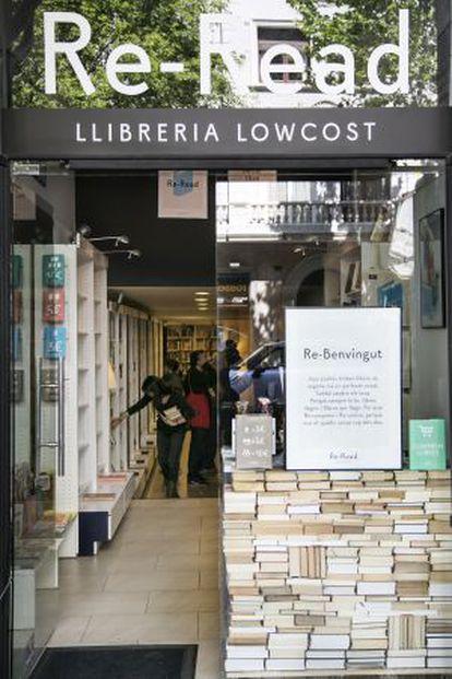 Imagen de la librería 'lowcost' barcelonesa Re-Read.