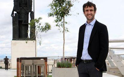 En la imagen Fernando Belzunce, escritor y director de innovación y desarrollo editorial del área medios regionales en el grupo Vocento.