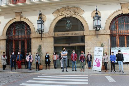 El Ayuntamiento de Sagunto volverá a guardar este lunes un minuto de silencio por un crimen machista, como ya hizo el 20 de abril por un asesinato en León.