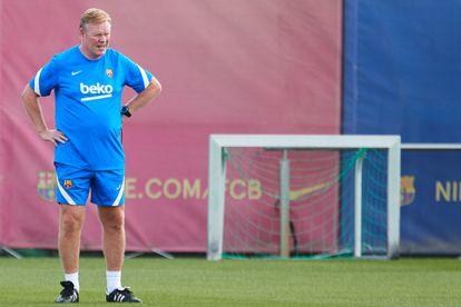 Ronald Koeman, durante el entrenamiento del Barcelona.