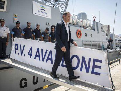 Visita del Director Ejecutivo de Frontex, Fabrice Leggeri, y el General de la Guardia Civil al mando del operativo migratorio, Manuel Contreras Santiago, al Puerto de Algeciras.