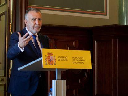 El presidente del Gobierno de Canarias, Ángel Víctor Torres, el viernes 20 de noviembre en la Delegación del Gobierno en Canarias.