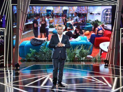 Jorge Javier Vázquez, en el plató de 'Gran Hermano VIP', de Telecinco, en 2019