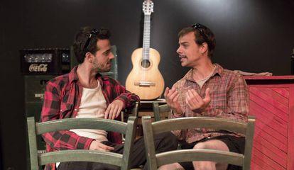 Fernando Tielve (izquierda) y Ferran Vilajosana protagonizan 'No soy Dean Moriarty'.
