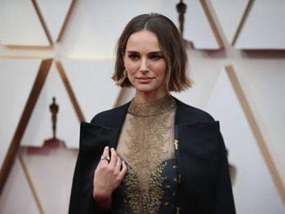 Natalie Portman, en la alfombra roja de los Oscar, en Los Ángeles el pasado febrero.