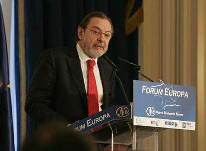 Juan Luis Cebrián, durante su intervención, ayer, en el Fórum Europa.