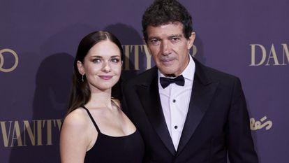 Stella del Carmen Banderas y su padre, Antonio Banderas, en una fiesta en Madrid en noviembre de 2019.