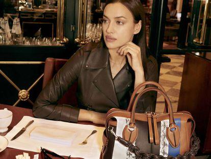 Irina Shayk, nueva imagen del bolso D Styling de Tod's.