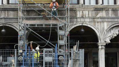 Restauración de la plaza San Marco por parte del grupo de seguros Generali.