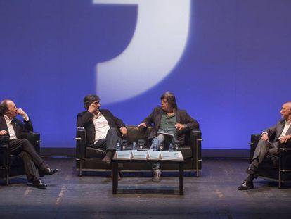 De izquierda a derecha, Javier Marías, Agustín Díaz Yanes, Jacinto Antón y Arturo Perez Reverte, en el Festival Eñe, en el Círculo de Bellas Artes de Madrid.