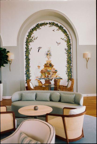 Los modernos interiores diseñados por Patricia Anastassiadis conviven con el estilo mediterráneo clásico de este hotel inaugurado en 1870.