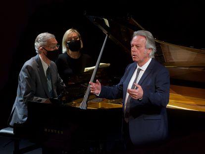 El pianista Roger Vignoles y el tenor Christoph Prégardien, en un momento del recital.