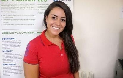 Dina Almufti es recepcionista en la oficina de ACH en Damasco, Siria.