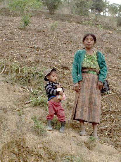Dos afectados por la sequía en Guatemala.
