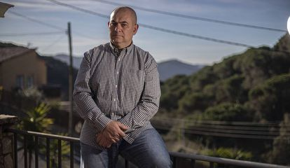 Eduardo Bellido lleva dos años en lista de espera.