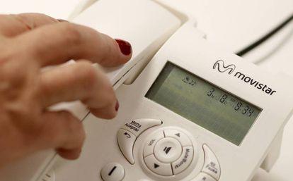 Un teléfono fijo de Movistar.