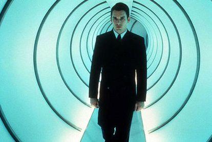 Ethan Hawke protagoniza 'Gattaca' (1997), que recrea unos EE UU sometidos a la segregación genética.
