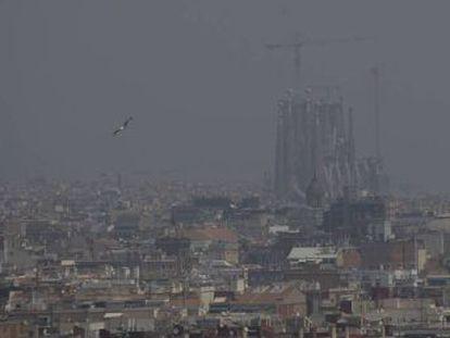 La ciudad declara la emergencia climática y planea hacer zonas de ultra bajas emisiones