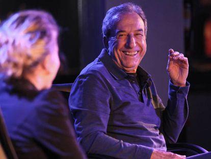 José Luis Perales en un encuentro con lectores de EL PAÍS. En vídeo, el cantante y compositor repasa su trayectoria.