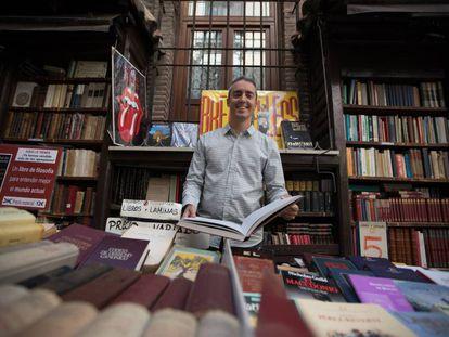 El bloguero y escritor Manuel García del Moral en la Librería San Ginés.