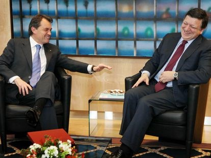 El presidente catalán, Artur Mas, a la izquierda, con el presidente de la Comisión Europea, José Manuel Durao Barroso, en 2011.