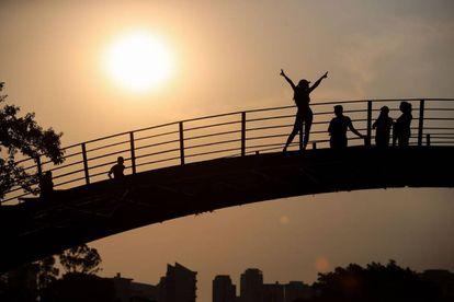 Atardecer en el parque Ibirapuera de Sao Paulo (Brasil)