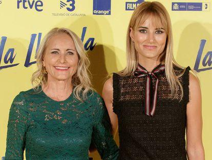 Alba Carrillo y su madre, Lucía Pariente, en la presentación de la película 'La llamada', en Madrid.
