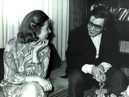 José Emilio Pacheco, con Elena Poniatowska, en 1969.