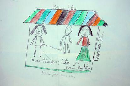 El dibujo realizado por Fatoumata de siete años rescatada por el buque humanitario 'Open Arms' el miércoles.