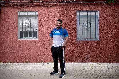 El nicaragüense Cristián en el barrio sevillano de Los Pajaritos.