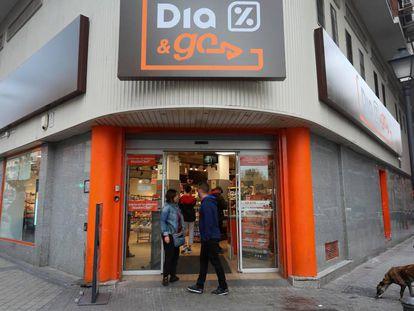 Fachada de un supermercado Dia en Madrid.