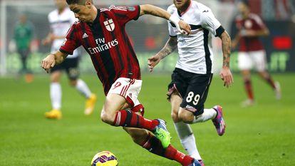 Fernando Torres, con la camiseta del Milan, en un partido de la Serie A contra el Palermo.
