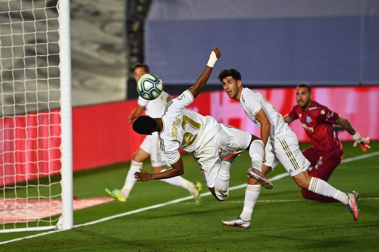Asensio y Rodrygo, en una acción del partido.
