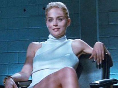 El director de la película, Paul Verhoeven, y Sharon Stone se acusan de mentir sobre los entresijos de la mítica escena