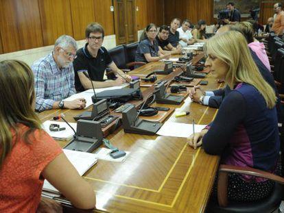 Comisión de investigación en el Ayuntamiento de Vitoria sobre el contrato de alquiler de Gonzalo Antón.