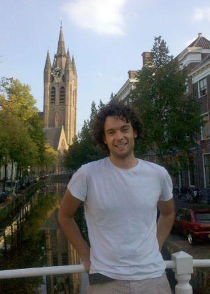 Andrés Castellanos trabaja en el Instituto Kavli de Nanociencia de la Universidad Técnica de Delft (Holanda)