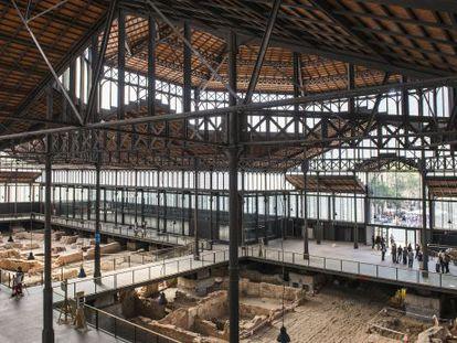 Los restos del Born, la nueva plataforma y la estructura de Fontseré.