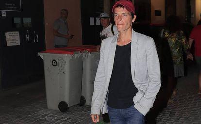 Camilo Blanes, hijo de Camilo Sesto, en la capilla ardiente del artista en Madrid, el lunes 9 de septiembre.