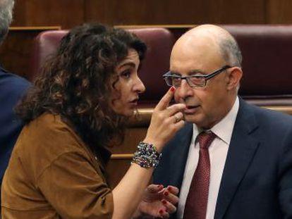 El bloqueo evidencia la debilidad parlamentaria del Ejecutivo de Pedro Sánchez y tendrá consecuencias económicas casi inmediatas