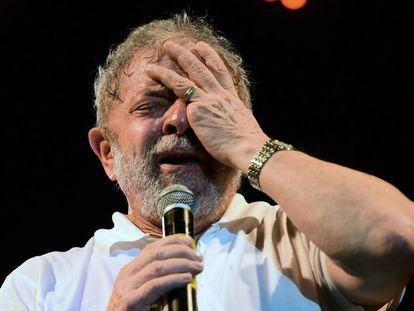 Luiz Inacio Lula Da Silva durante un acto publico