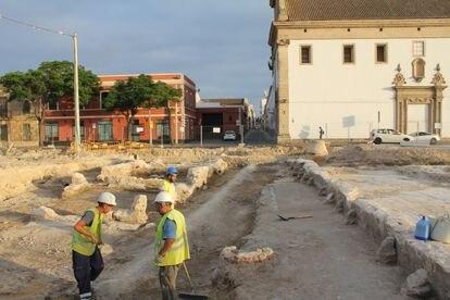 Excavación arqueológica en el aparcamiento de Pozos Dulces, en El Puerto de Santa María (Cádiz).